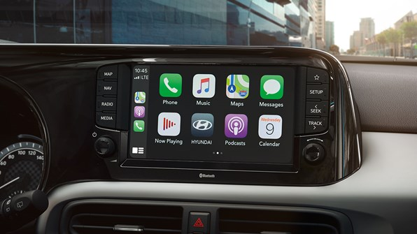 "Ny 8"" touchskærm m. Apple CarPlay"