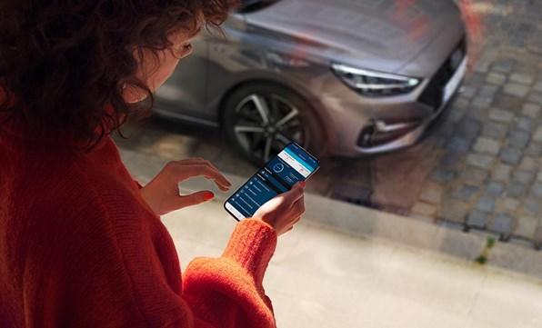 Vær forbundet med din bil via din smartphone